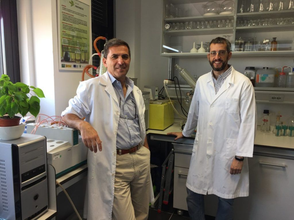 De-izquierda-a-derecha_José-María-Castellano-y-Javier-Sánchez-Perona-investigadores-encargados-del-estudio