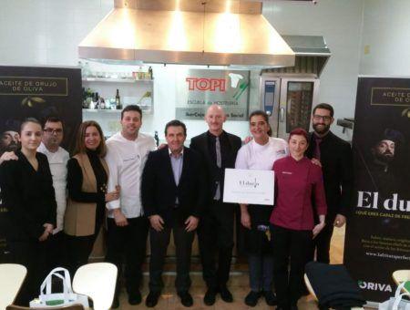 250 alumnos de hostelería de Aragón conocen el Aceite de Orujo de Oliva